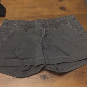NWT Benetton Shorts - Sz 42